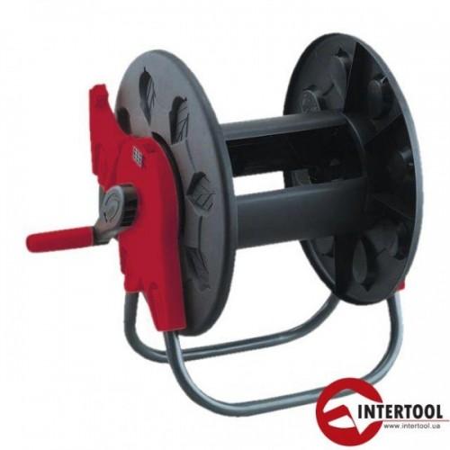 Катушка на колесах для шланга Intertool GE-3004
